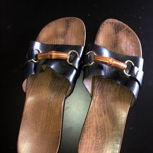 Gucci slippers   Size 10